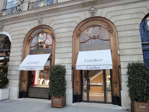 Ювелирная Cartier на площади Vendome в Париже