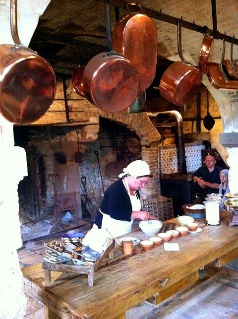 Процесс приготовления печенья Мадлен