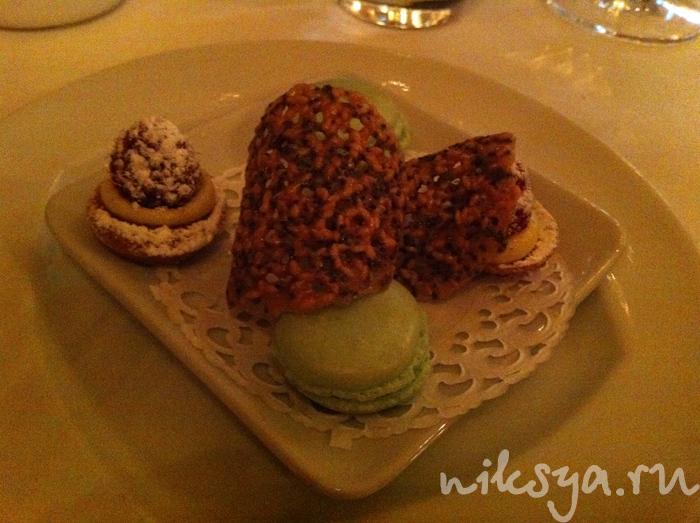 Десерт в ресторане Жерара Депардье
