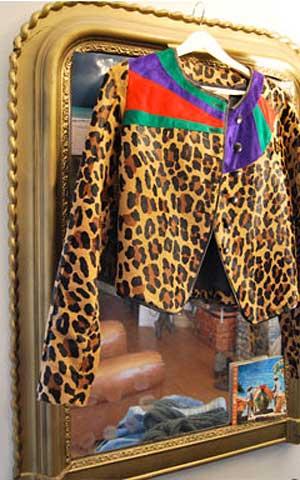 Бутик винтаж Одетта в Париже, одно из сокровищ