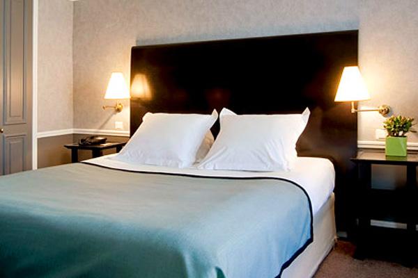 Отель Тереза в Пале-Руаяль, рядом с улицей Сент-Оноре