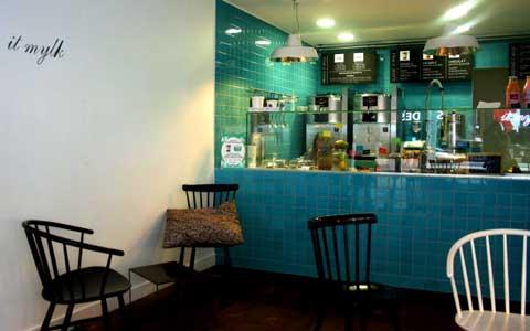 Бутике-кафе It Mylk в Париже