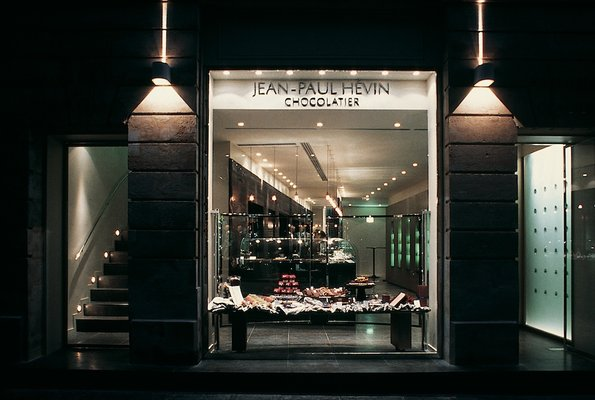 Шоколадный бутик Jean Paul Hevin в Париже
