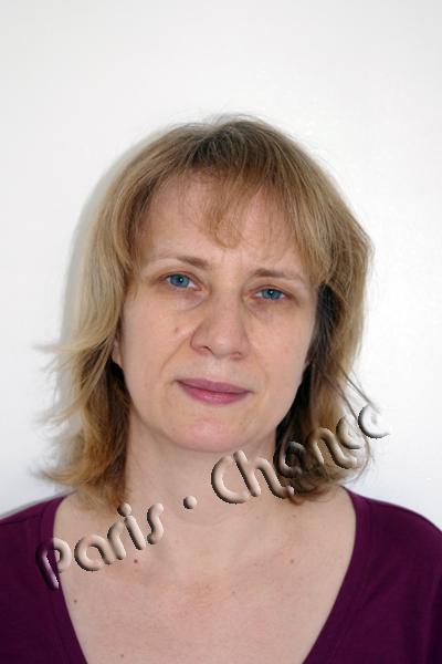 Модель до нанесения макияжа