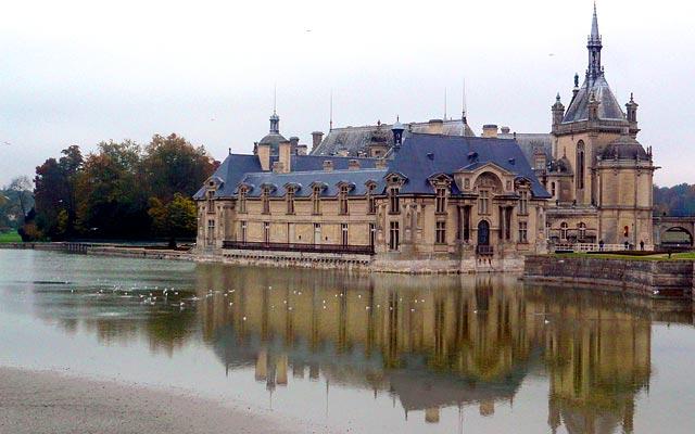 Замок Шантийи (Chantilly)