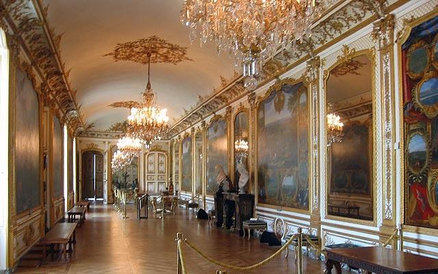Замок Шантийи (Chantilly), галерея
